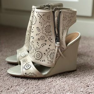 NIB True Religion Perforated Wedge Bootie Taupe